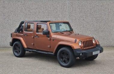 "Jeep Wrangler Unlimited Sport 2.8CRD Automaat ""Custom"""