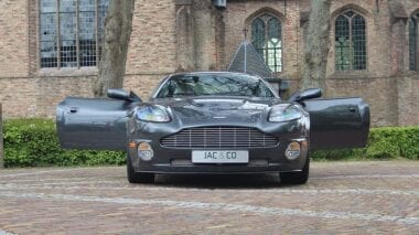 "Aston Martin Vanquish V12 ""Manual"""